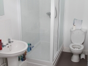 EC Cambridge 91 Cherry Hinton Bathroom