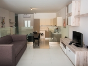 Comfort Rubellite Shared Apartment